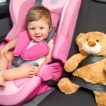 Mai lasciare i bambini soli in macchina