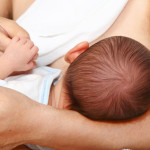 Come evitare le ragadi in allattamento